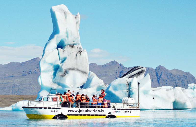 Jokulsarlon Glacier Lagoon Boat Tour from Reykjavik