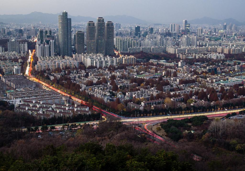 Seoul Best Viewpoint #5 - Guryongsan