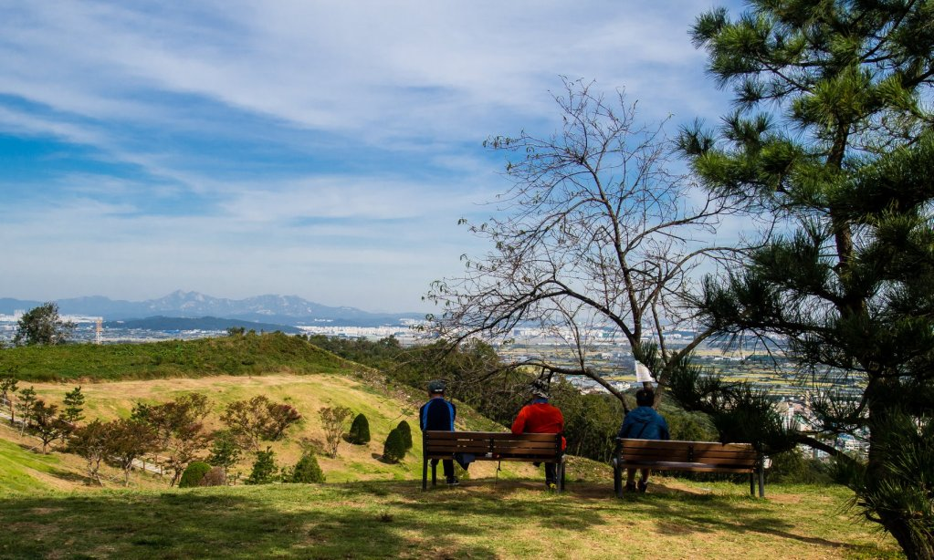 Resting area at Gyeyangsan