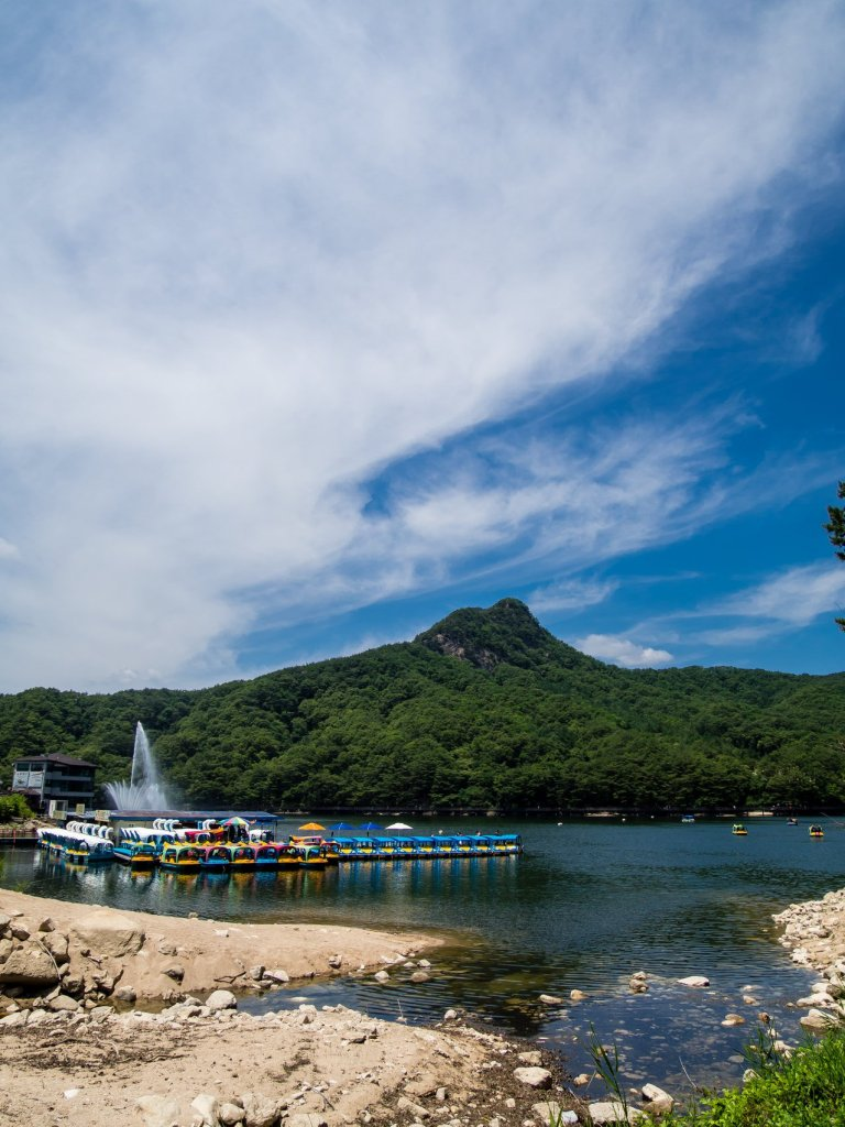 Duckboats to ride in Sanjeong Lake
