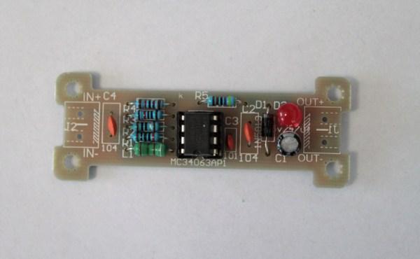MC34063AP1 znajdujący się w przylutowanej podstawce