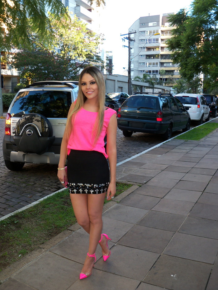 sininhu-sylvia-santini-meu-look-saia-bandage-chris-evert-cristais-pedraria-pedras-blog-moda-neon-rosa-barbie-got-sin-23
