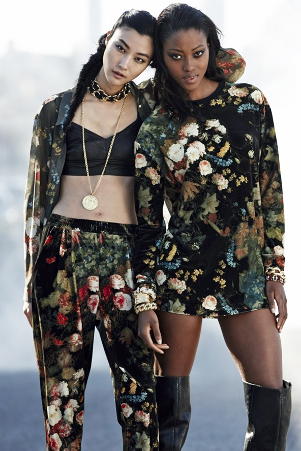 rihanna-for-river-island-vogue-inverno-floral-barroco-top-cropped-bustie