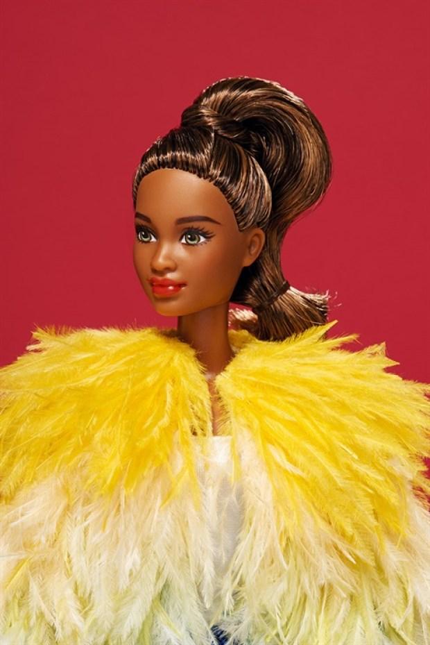 Barbie global beauty beleza global cutstomizadas vogue italia estilistas italianos blog got sin 37