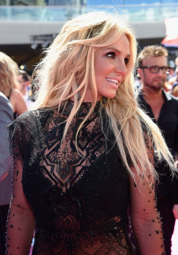 Britney Spears Billboard Music Awards 2016 - look Reem Acra - Millenium Award - blog got sin 12