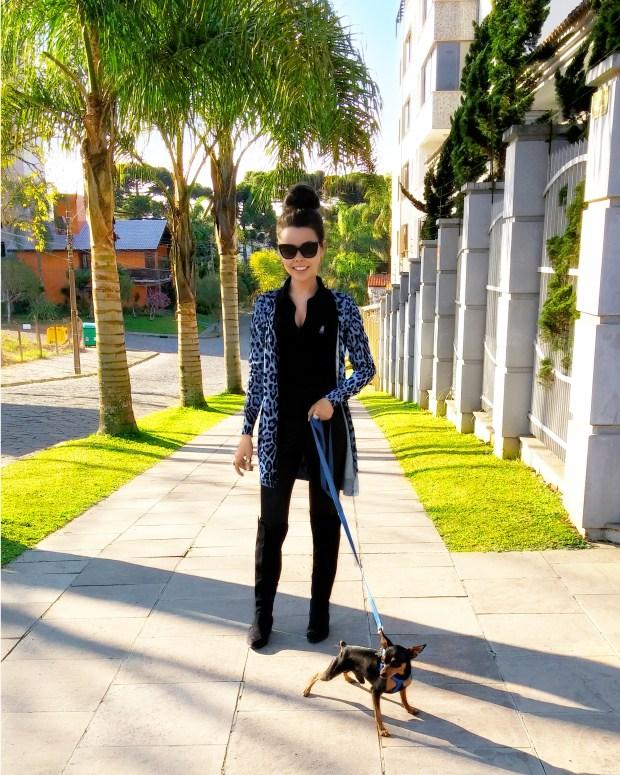 sininhu sylvia santini meu look cardigan oncinha dia dos pais preto azul pinscher cachorro passeio coque blog got sin 04