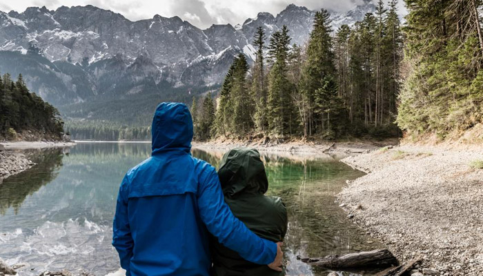 romantic birthday gifts for him travel