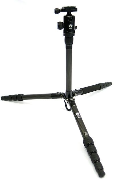 Sirui T-025X sturdy position for better stability