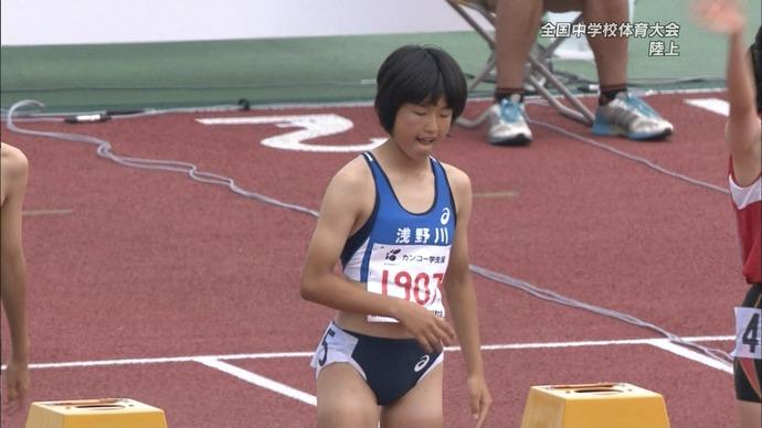 【画像】女子陸上部・100mハードルのユニフォーム、エッチだ・・・・w(※画像あり)
