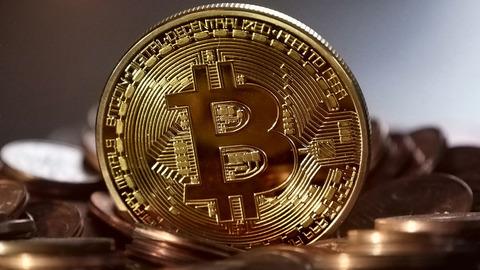【仮想通貨】ビットコインを200万の時買ったワイ「もうあかん」 なんJ民「ガチホしとけ」