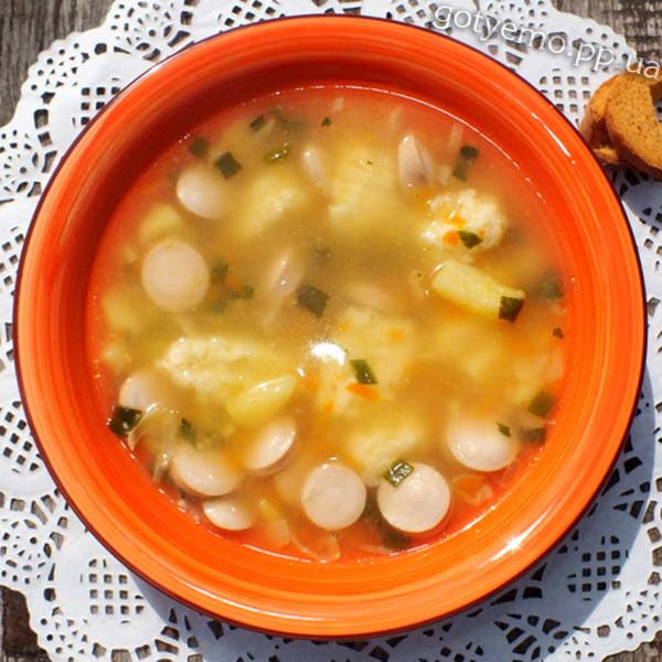 Суп з сосисками і сирними галушками