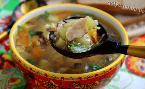 гречаний суп з білими грибами