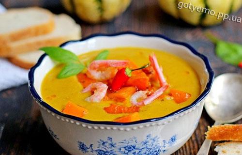 Пікантний гарбузово-сочевичний суп