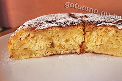 рецепт яблучного пирога на молоці