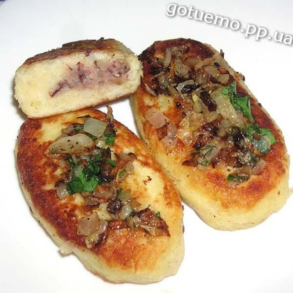 Картопляні зрази з квасолею