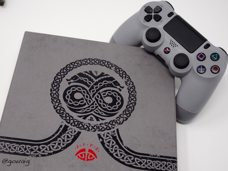Unboxing Press Kit God of War PS4