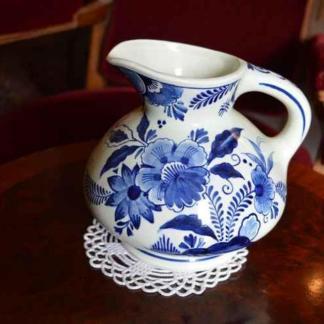 Maastricht, aardewerk, bloemen deco, kan