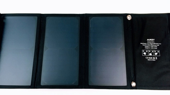 AUKEY PB-P4 Cargador Panel Solar 21W
