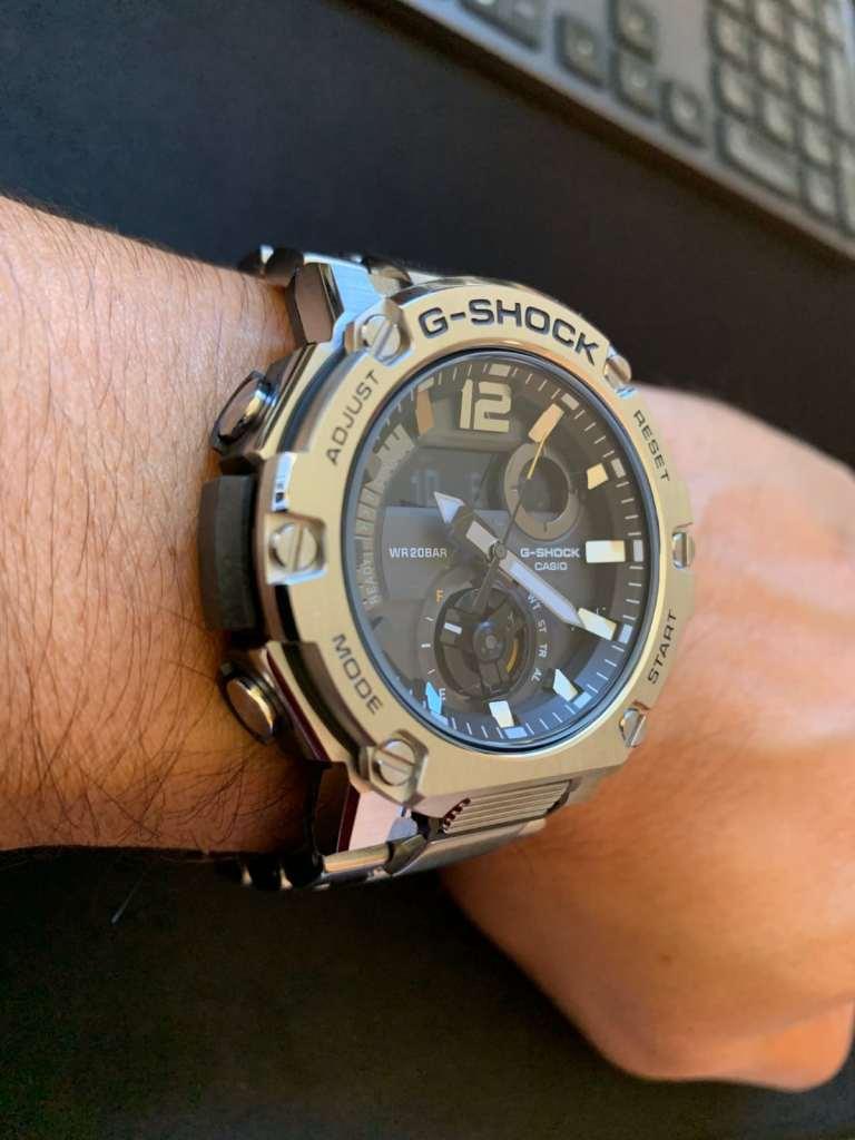 Casio G-Shock GST-B300: correa de metal