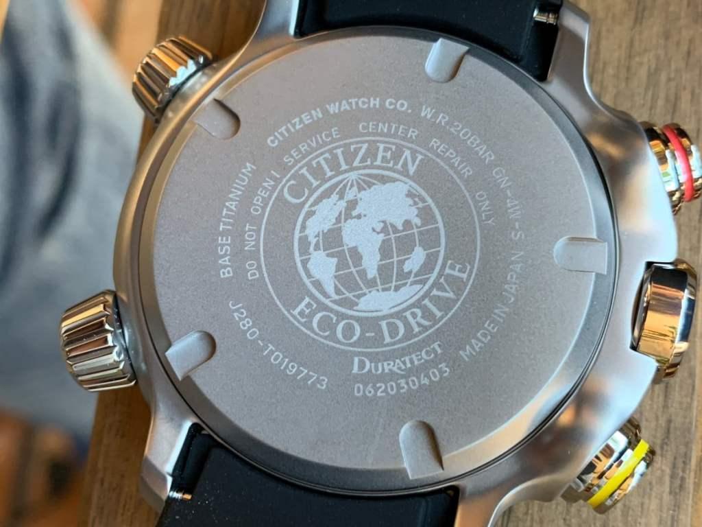 Reloj Citizen Eco Drive BN4021-02E Altichron: parte trasera