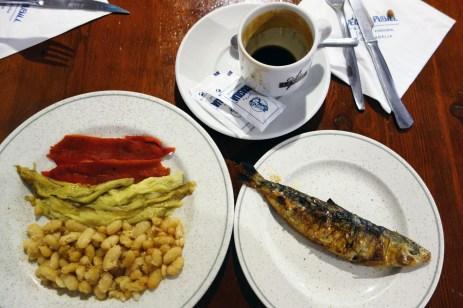 Weirdest breakfast ever at La Venta