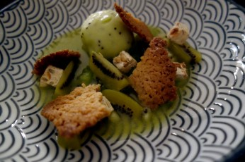 Kiwis in a olive oil soup