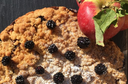 Apple blackberry cake. Delicate and delicious tea time cake