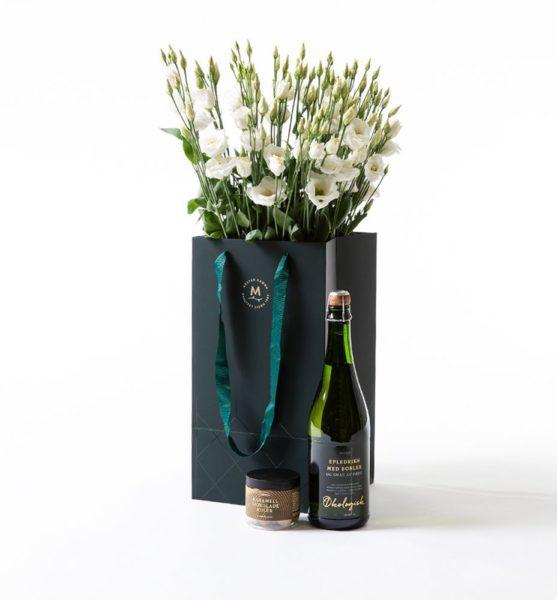 Send blomster på døra - Hvit lisianthus i gavepose