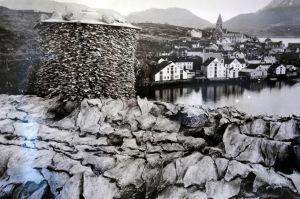 Fotografía de época Fuente: Norsk Klippfiskmuseum http://kortreist.adressa.no/turer/nordvestlandet/more_og_romsdal/1505_kristiansund/article9303.ece