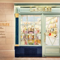 Renowned Parisian Patisserie Ladurée Opens in Singapore