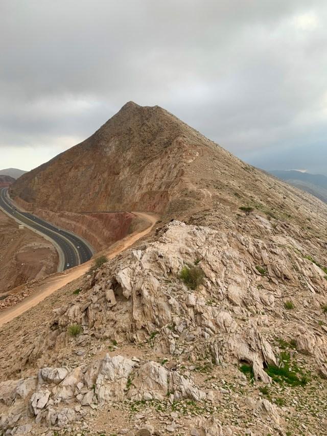 Approach to White Mountain