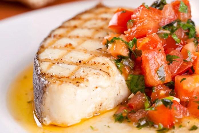 fish-and-seafood-with-sauce-macha