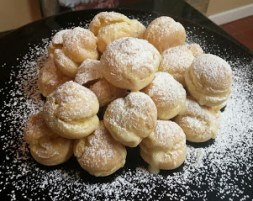 cream puffs cropped