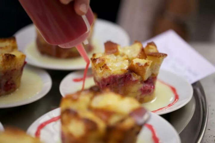 Easy Mardi Gras Recipes: White Chocolate Raspberry Bread Pudding #SundaySupper