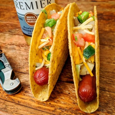 hot dog tacos