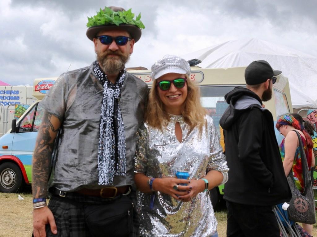 disco couple bearded theory