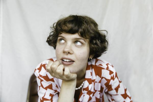 Sara Wolff singer songwriter