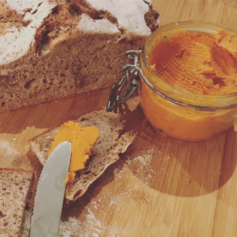 almogrote casero hecho con queso parmesano