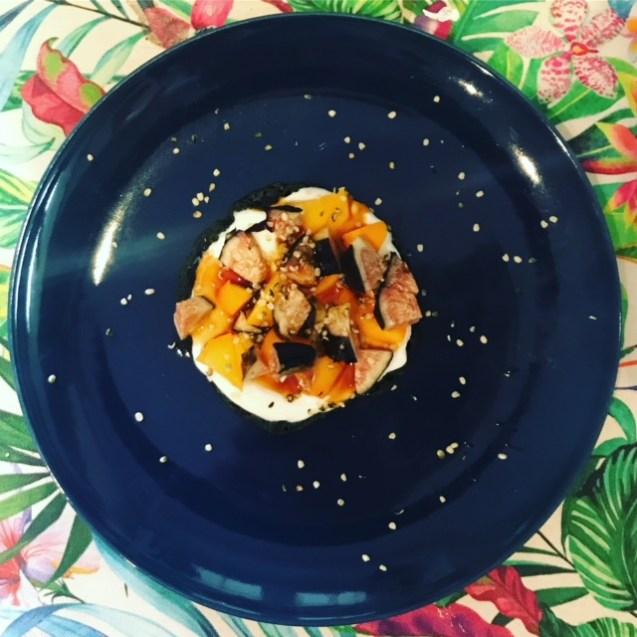 receta tortitas avena y espirulina con fruta y yogur