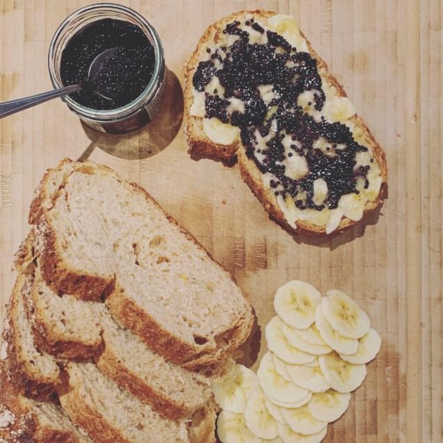 tosta caviar platano
