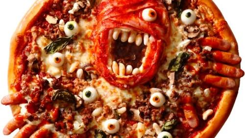 ピザを見た途端に背筋が凍る! アオキーズ・ピザから超ド級の ホラー系ピザが新登場!!