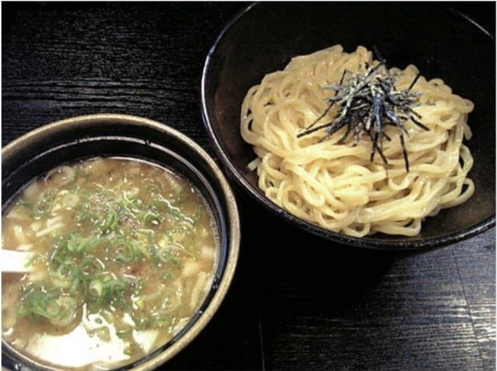 愛知・刈谷市の油そば専門店「ぎん晴れ55(ゴーゴー) 」が、有名ラーメン店直伝の新メニュー「濃厚鶏白湯つけ麺」を12月19日から発売!