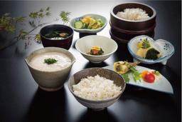 薬都とやまの「富山やくぜん」を美味しく食べて、楽しく健康に気を配りましょう!