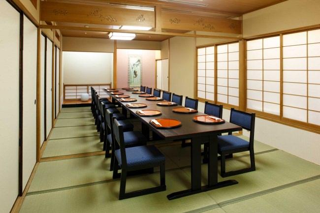 日本料理「あづま」個室