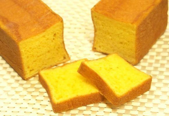 黄金の食パン!たっぷり5倍増しバターとクリーム、卵黄でつくった、とことんリッチな「しっとりバターの黄金食パン」発売開始