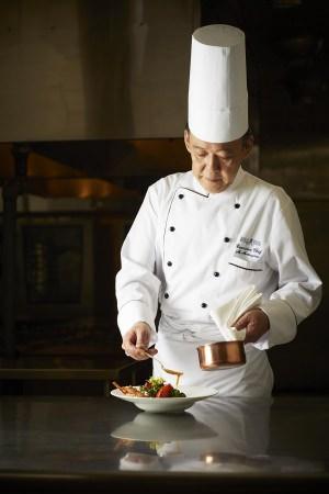 【ロイヤルパークホテル】新・総料理長に松山 昌樹が就任!記念特別ディナー「アンスピラシオン」を3日間限定開催。