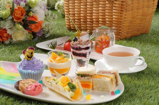 ラ・スイート神戸オーシャンズガーデン お皿の上に広がる芸術を!五感がとろけるアフタヌーンティーが絶景の隠れ家ラウンジに登場