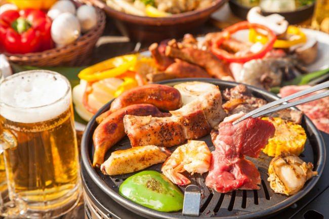 レストラン&専門店の極上BBQ&ビアガーデンが続々オープン! お台場の絶景やとろ~りチーズの「パネチキン」「餃子フォンデュ」、お肉やデザート、クラフトビールなど食べ放題・飲み放題も充実!!