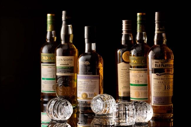 タワーズバー「ベロビスト」開業18周年を記念した「ボトラーズブランド プレミアムウイスキーセレクション」