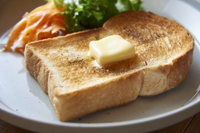 プロローグパサージュさんより毎朝焼きたての食パンで優雅なコーヒータイムを